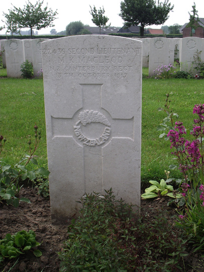 Grave of Second Lieutenant Murdoch Keith Macleod